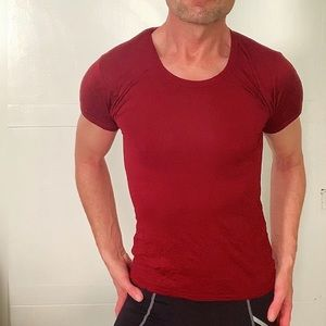 The Perfect Burgundy Muscle T